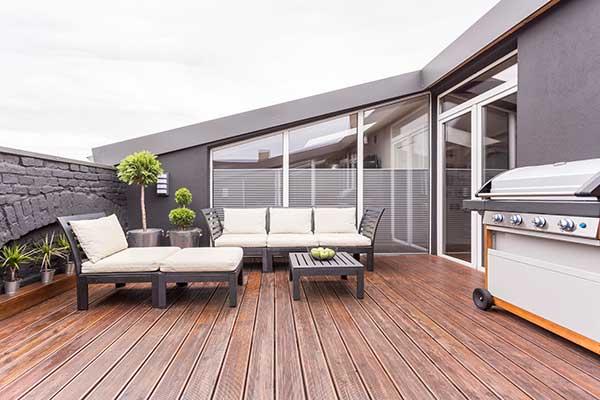 Terrasse bauen aus Holz